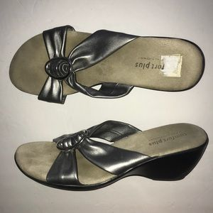 Comfort Plus Silver 2 in Wedge Sandals Shoes 11